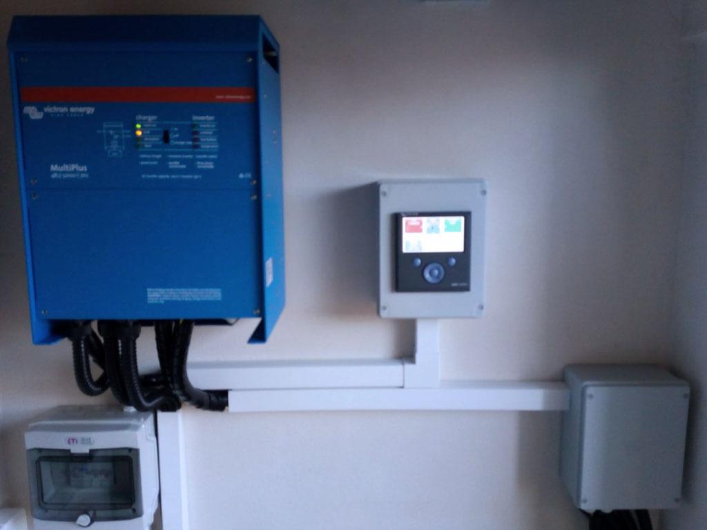 10.0kW Hybrid System + Lithium Battery. Rio de Mouro, Portugal
